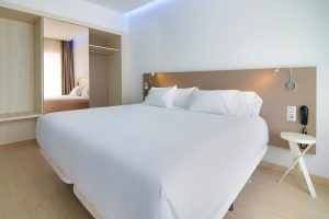 pintura de habitaciones de hotel en San Sebastian