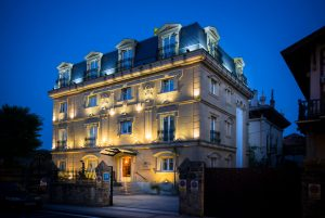 pintura hotel galeria en Donostia